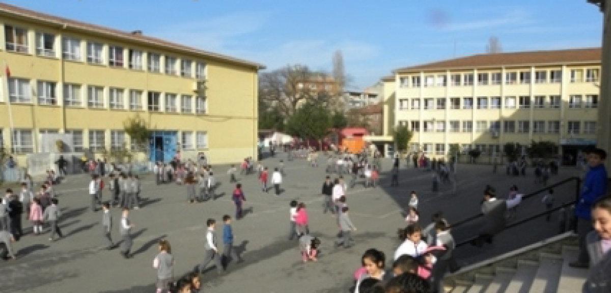 İmam Hatip İçin Okul Bölünüyor