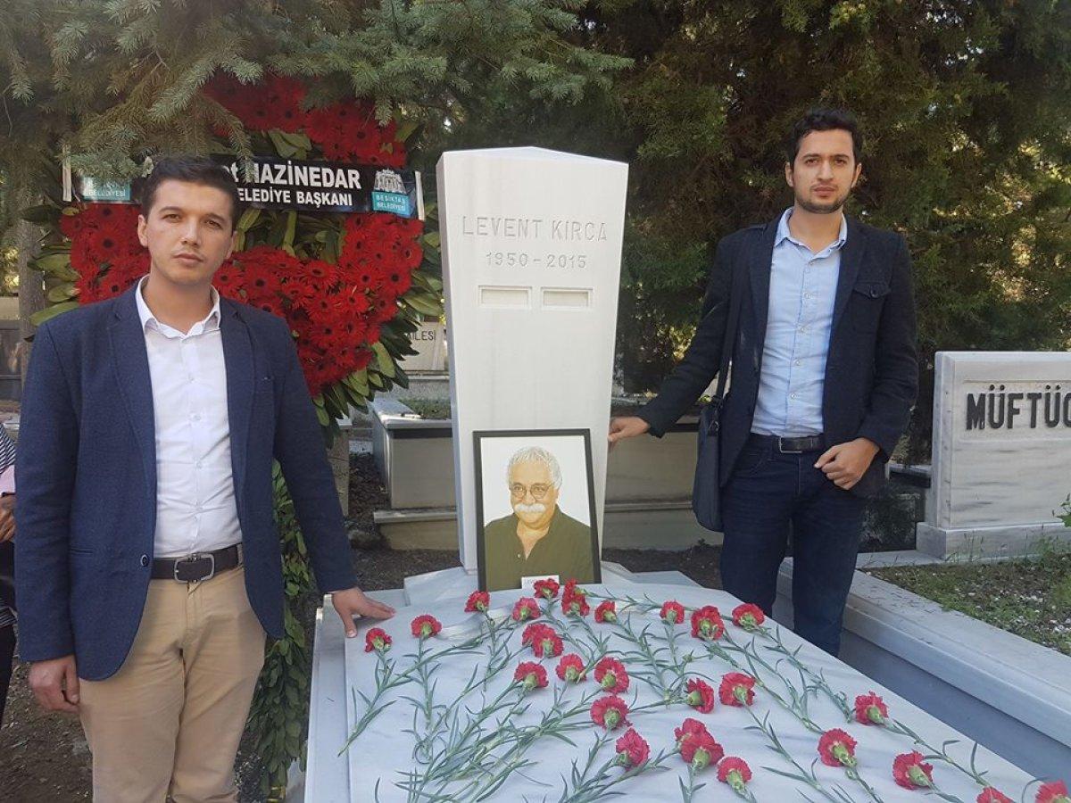 Levent Kırca'yı Mezarı Başında Andık