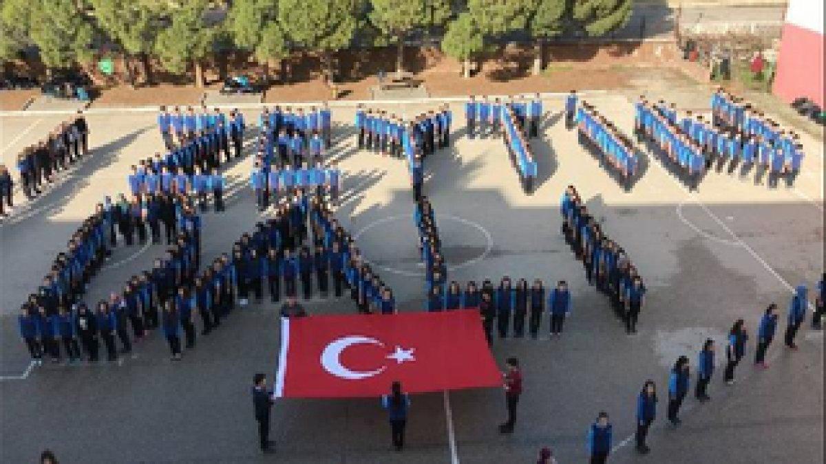 Liselilerden Zeytin Dalı Harekâtı'na destek