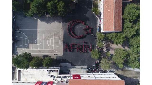 Liseliler ayakta, Mehmetçiğin yanında