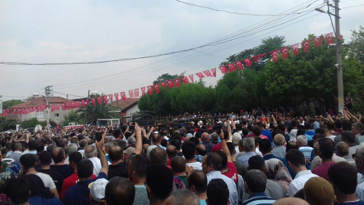 TLB İzmir şehidimiz için son görevi gerçekleştirdi