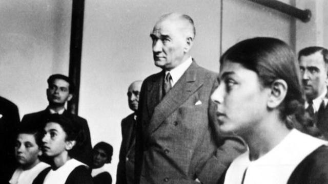 Danıştay'dan MEB'e Atatürk dersi!