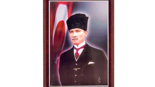 Antalya'daki İmam Hatip Lisesi'nde Atatürk'e Saygısızlık