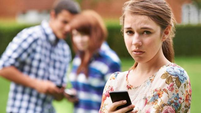 4 Gençten 1'i Siber Zorbalığa Maruz Kalıyor