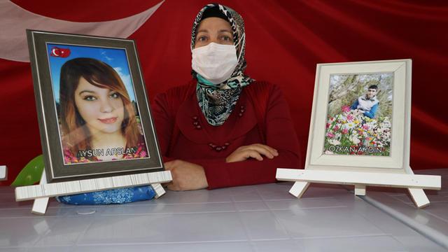 Diyarbakır annelerinden Arslan: Kızım gelene kadar buradan kalkmayacağım